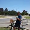 In bici nel Zilker Metropolitan Park