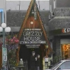 Banff Avenue, Grizzly House Restaurant