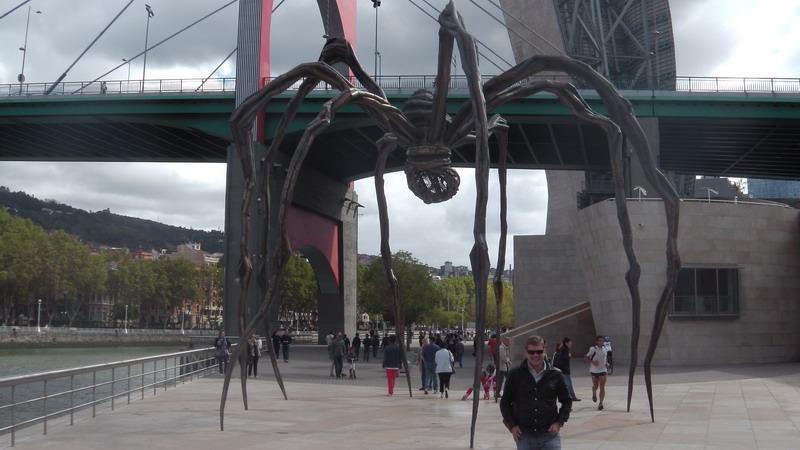 Al Guggenheim, il ragno di Louise Bourgeois