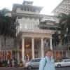 Kalakaua Avenue, Moana Surfrider Hotel