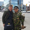 In Union St, nel Queens, con il Colonnello dell'Esercito Sudcoreano Kim