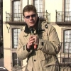 Stand-up in Piazza de la Virgen Blanca